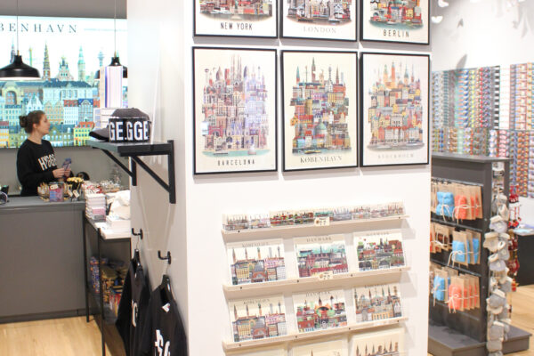 lauritz-hannibal-reference-souvenierbutik-galleri3